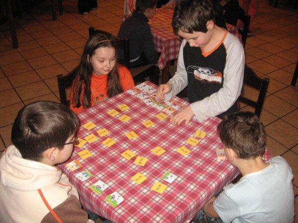 Letní dětský tábor - stolní hry