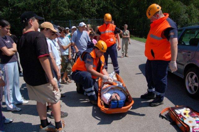 Letní dětský tábor - záchranáři